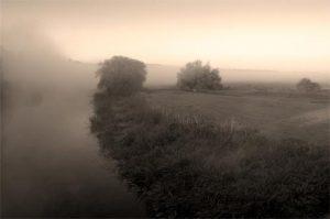 Black & White Riverline