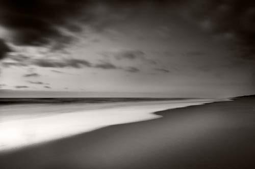 Black & White The Silent Shore